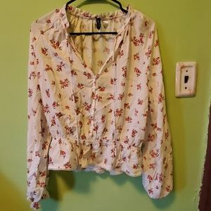Red and white floral top size 8